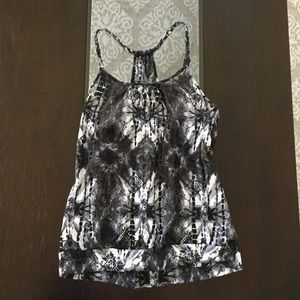 🎉(5 for $8) black and white racerback tank top